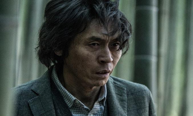 Seol Kyung-gu in MEMOIR OF A MURDERER
