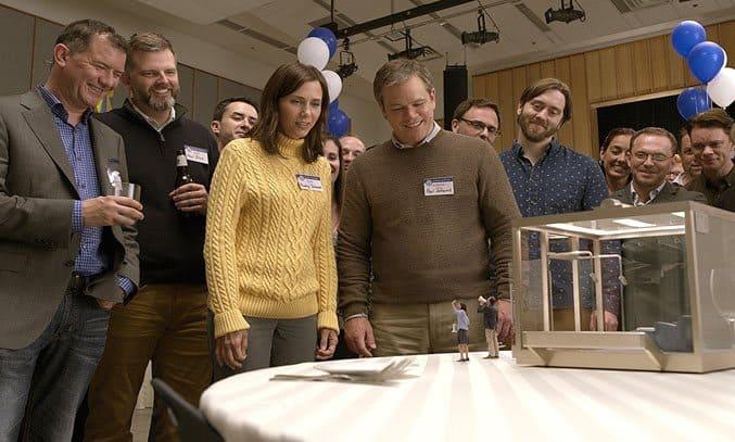 Matt Damon, Jason Sudeikis, Maribeth Monroe, and Kristen Wiig in Downsizing (2017)