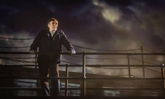 Joe McGann in THE LAST SHIP