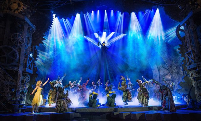 Amy Ross as Elphaba as the cast of WICKED UK & Ireland Tour.