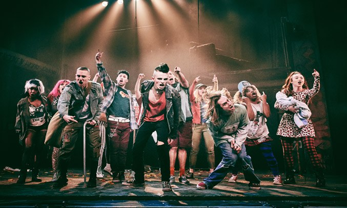 The cast of AMERICAN IDIOT UK Tour 2019.