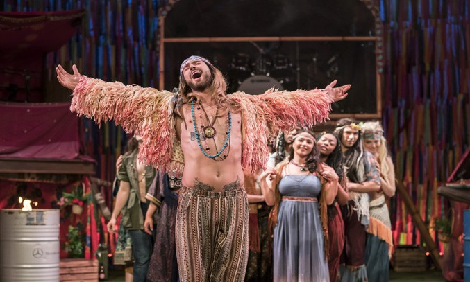 Jake Quickenden as Berger & the cast of HAIR THE MUSICAL UK Tour