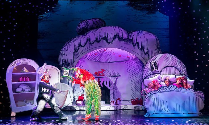Cast of Dr Seuss How The Grinch Stole Christmas